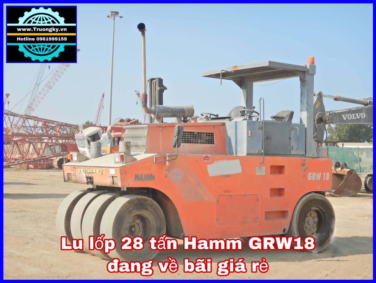 Lu lốp 28 tấn Hamm GRW18 đang về bãi