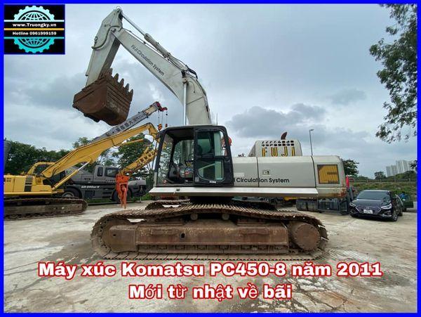 Máy xúc Komatsu PC450-8 năm 2011 mới về bãi